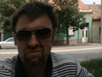 atika74 46 éves társkereső profilképe