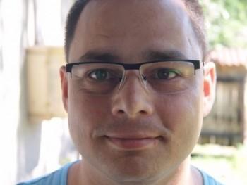 ilyeslorand 37 éves társkereső profilképe