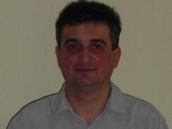 H Zsolt 49 éves társkereső profilképe
