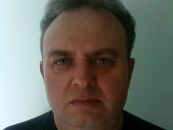 lui68 52 éves társkereső profilképe