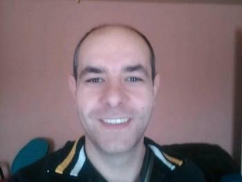 Tibi83 37 éves társkereső profilképe