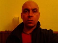 Gabo 23 - 41 éves társkereső fotója