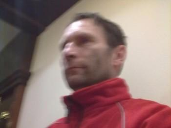 cruz 49 éves társkereső profilképe