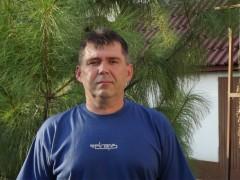 János76 - 44 éves társkereső fotója