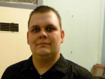Geri88 32 éves társkereső profilképe