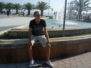 Joshy 26 éves társkereső profilképe