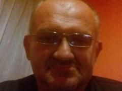 Robi7070 - 49 éves társkereső fotója