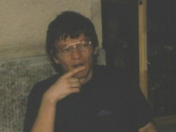 Személyiség 55 éves társkereső profilképe