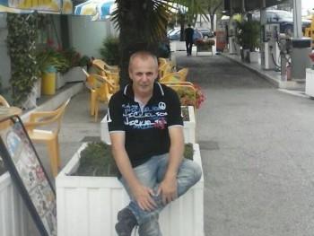 vlaci 58 éves társkereső profilképe
