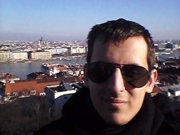Gyogyoskukac 21 éves társkereső profilképe