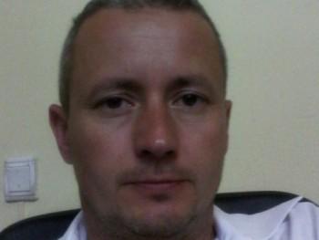 páratlan3 44 éves társkereső profilképe