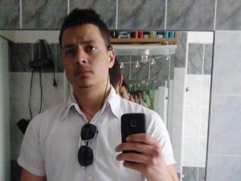 lokerby 26 éves társkereső profilképe
