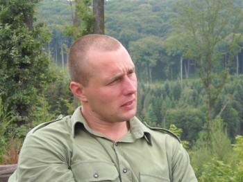 Calmarus 40 éves társkereső profilképe