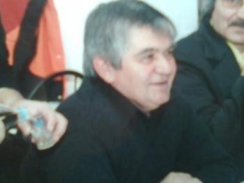 kismozdony 65 éves társkereső profilképe