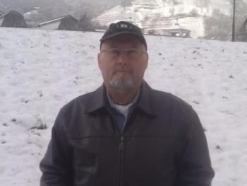 joceno 49 éves társkereső profilképe
