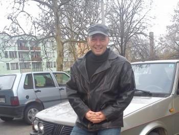 Vsanca 61 éves társkereső profilképe
