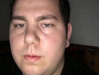 Ricsi093 27 éves társkereső profilképe