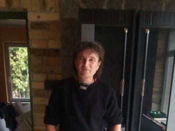 apacs 43 éves társkereső profilképe