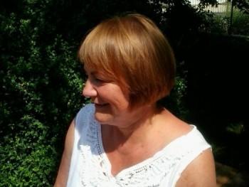 Ajenah 63 éves társkereső profilképe