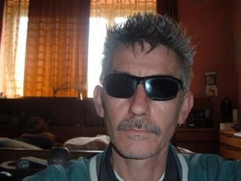 Molnár István 51 éves társkereső profilképe