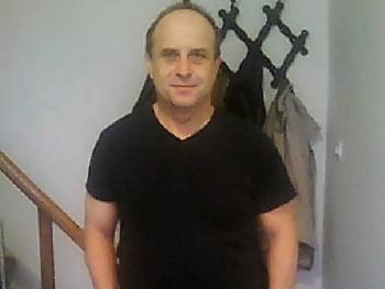 Ed028 51 éves társkereső profilképe