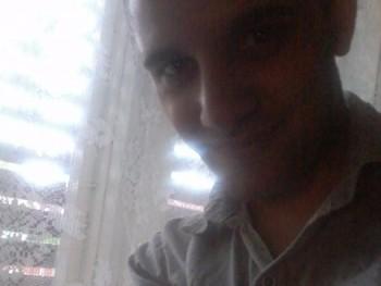 damada12 26 éves társkereső profilképe
