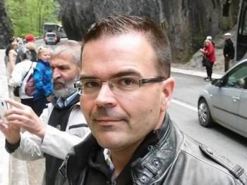 tivi 38 éves társkereső profilképe