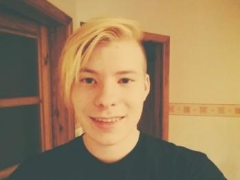 slezibalint 25 éves társkereső profilképe