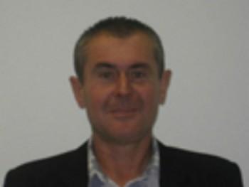 szépfiu 50 éves társkereső profilképe