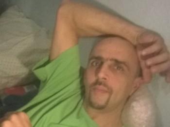 manoancsy 42 éves társkereső profilképe