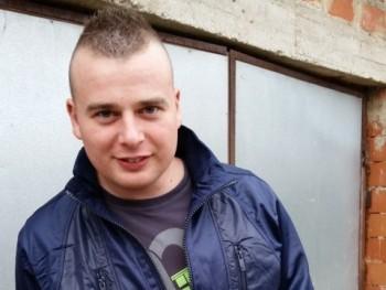 johnnyka 31 éves társkereső profilképe