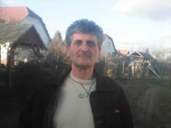 Zoltán 21 56 éves társkereső profilképe