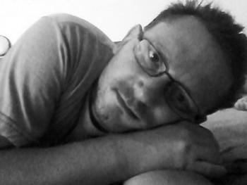 Simán Z 46 éves társkereső profilképe