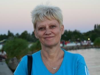 Mágika 60 éves társkereső profilképe