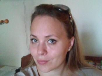 Nia4 34 éves társkereső profilképe