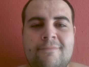 TubiOne 33 éves társkereső profilképe