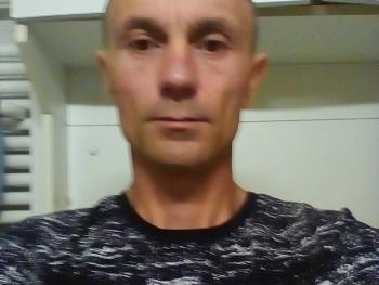 lalibaba 47 éves társkereső profilképe