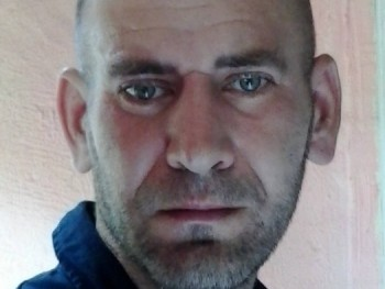 jamesattila 45 éves társkereső profilképe