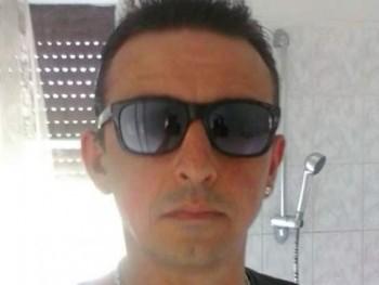 loui 49 éves társkereső profilképe