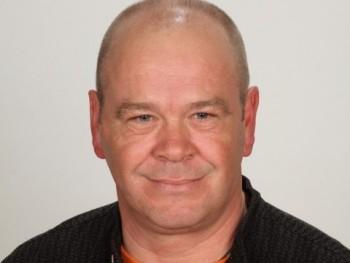 s otto 52 éves társkereső profilképe