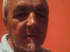 kuvi - 60 éves társkereső fotója