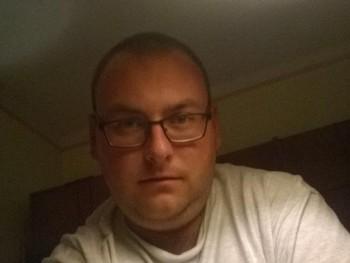 imre92 29 éves társkereső profilképe