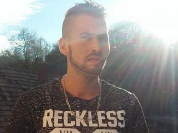 Marko95 25 éves társkereső profilképe