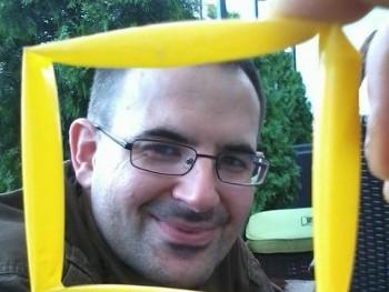 zoli001hu 40 éves társkereső profilképe