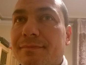 FECÓ40 43 éves társkereső profilképe