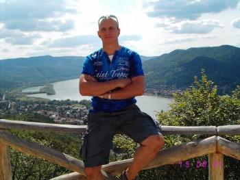 Petyusky 59 éves társkereső profilképe