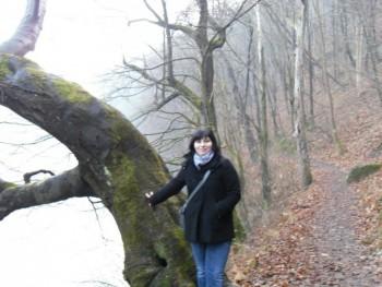 Emilia57 29 éves társkereső profilképe