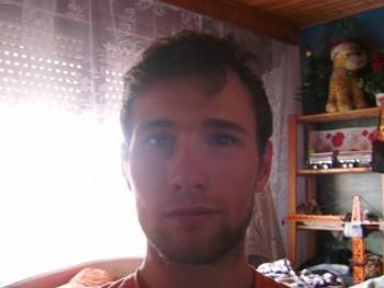norbert1414 25 éves társkereső profilképe