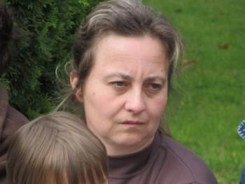 pikolo 43 éves társkereső profilképe