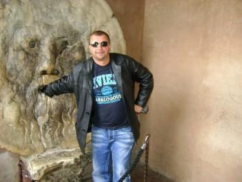 Lujdzsix 48 éves társkereső profilképe